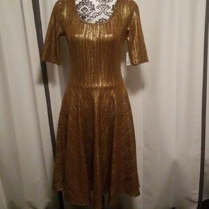 NWT Lularoe Nicole Elegant Collection, Size L.